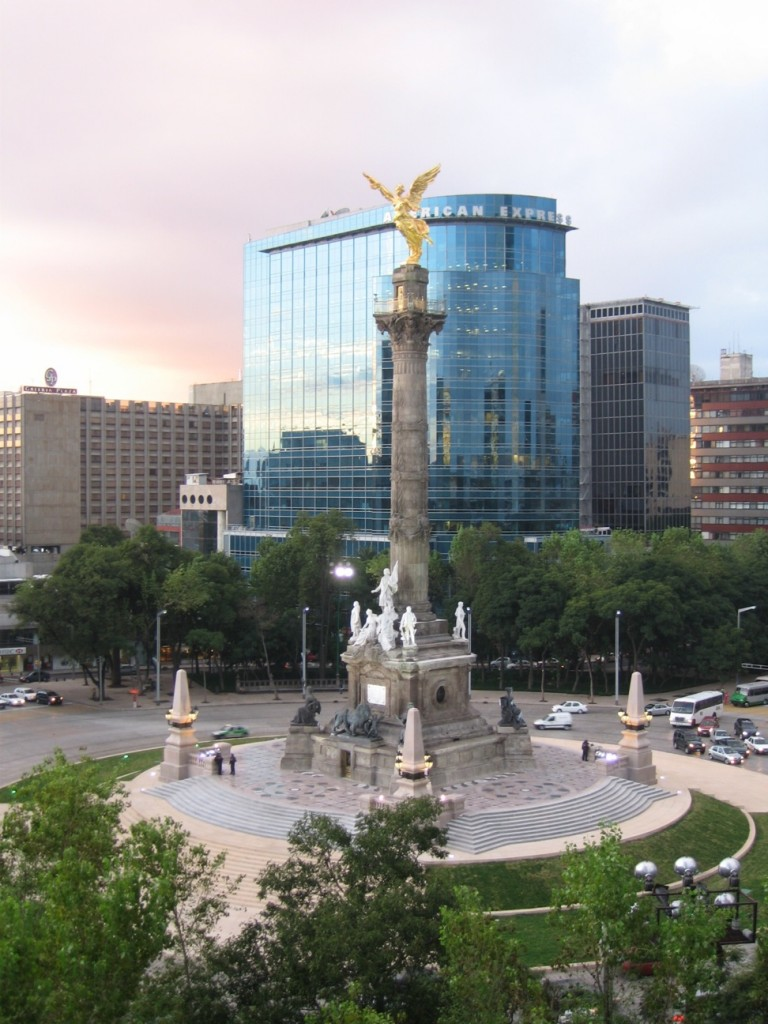 the Angel of Independence, el angel de la independencia, on paseo la reforma in Mexico City
