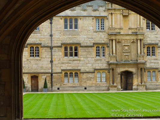 a courtyard in Oxford, England