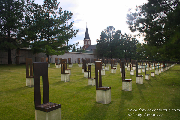 the field of empty chairs at the oklahoma city memorial