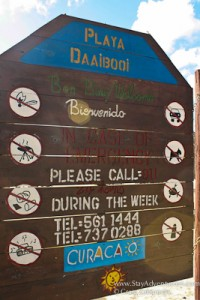 sign for Daaibooi Beach in Curacao