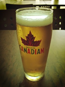 a molson canadian piint