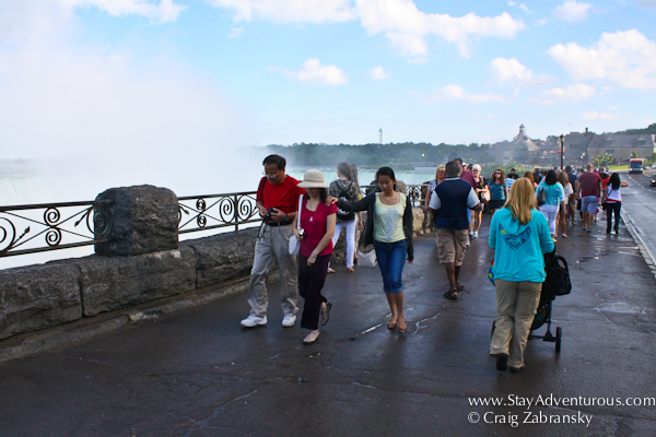 a view of the sidewalk of the Niagara Falls from the Canada Side