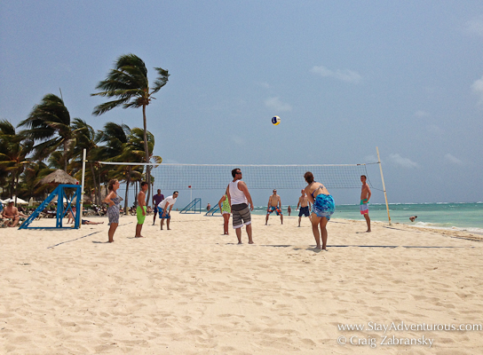 Dreams Resorts Tulum volley at the Beach