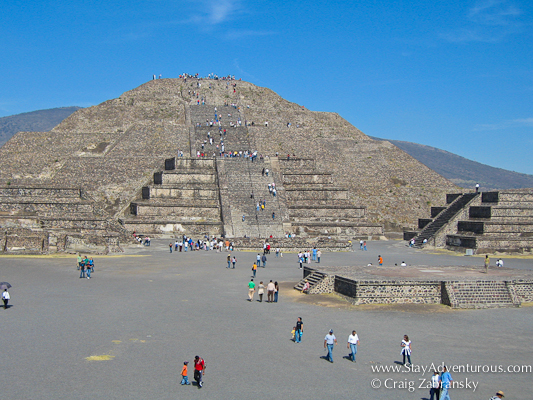 a view of the pyramid of the moon at Teōtīhuacān located in the state of Mexico