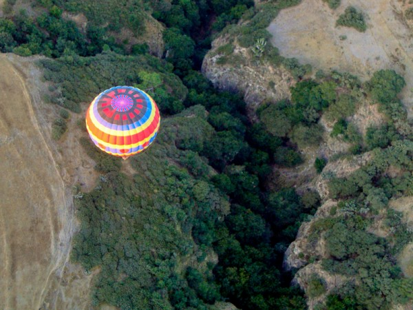 hot air balloon over the state of Hidalgo, Mexico