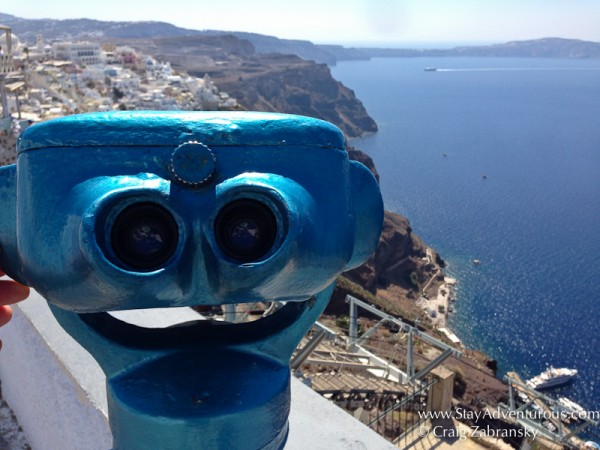 looking to see the views of Santorini from Fira,