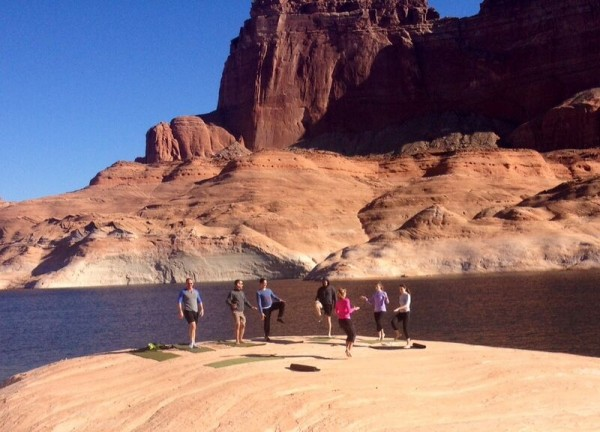 group exercise outdoors with Sol Fit Adventures in Utah