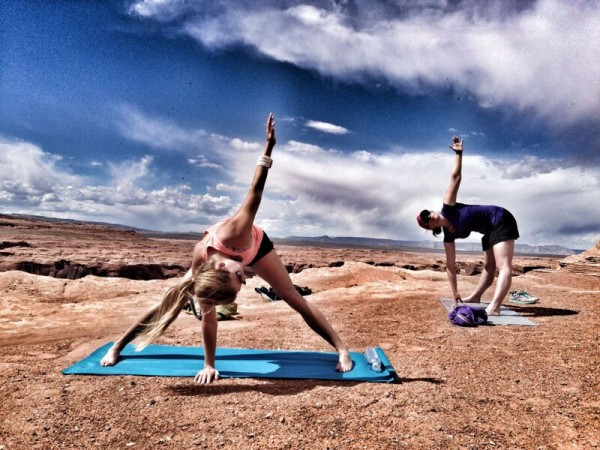 exercising outside n Utah with Sol Fit Adventures