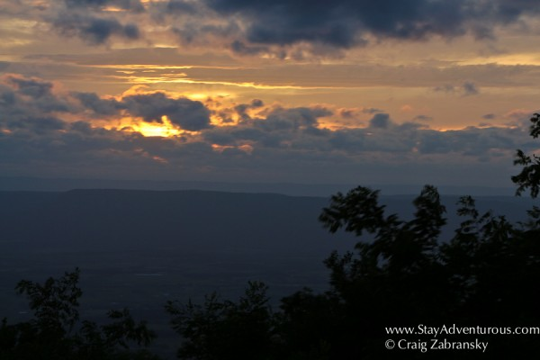the sunset view from the Craigin at the Skyline Resort in Shenandoah National Park