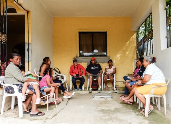 teaching community english on fathom at the home of the family