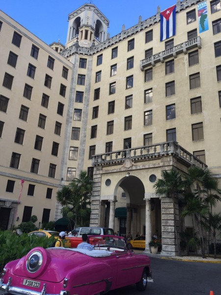 the streets and cars of Havana, Cuba