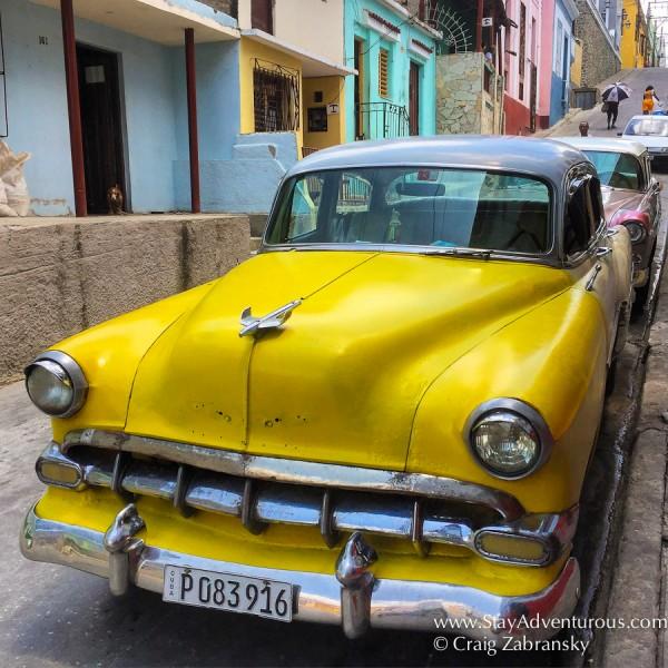 classic car in santiago de cuba