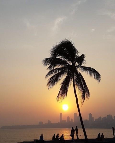 mumbai sunset on marine drive for sunset sunday guest post