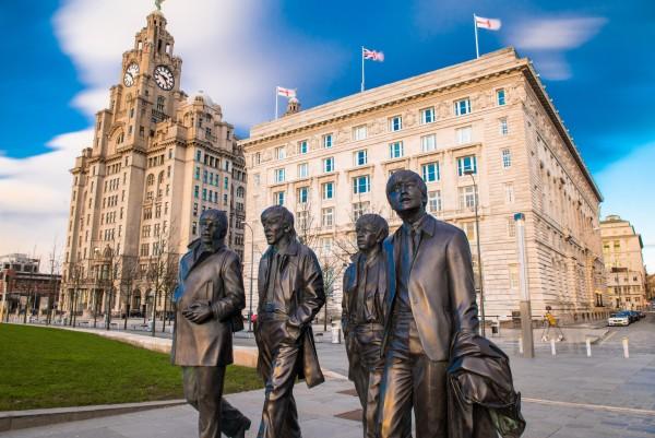 the beatles statues iin liverpool, england