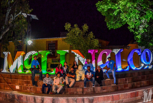 Malinalco-Group in the town center