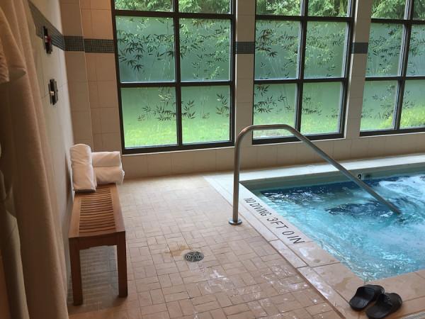 indoor hot tub in the mens spa at the destinaiton spa at woodloch
